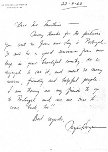 "Figura 4 – carta de Ingrid Bergman ao então ainda Delegado do Turismo Português na Suécia: ""I´m telling all my friends to go to Portugal and we are sure to come back too!!"" (Agosto, 1962)"