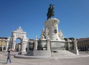 Figura 2 - Praça do Comércio (Lisboa). Foto C. Carvalho